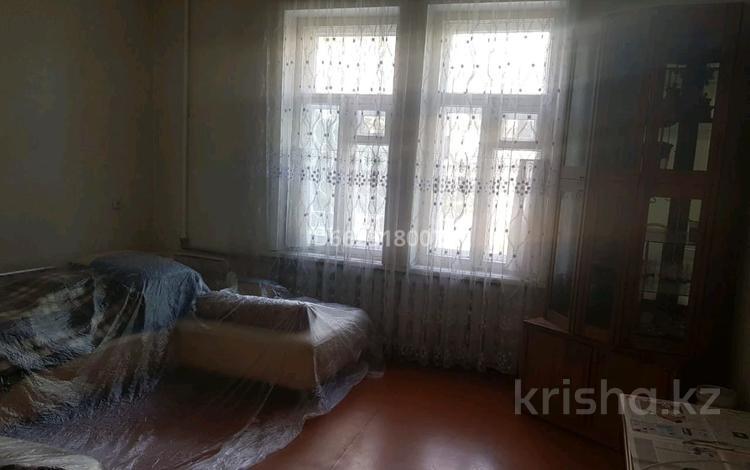 2-комнатная квартира, 48.6 м², 1 этаж, улица Кабанбай Батыра 52 за 15.5 млн 〒 в Талдыкоргане