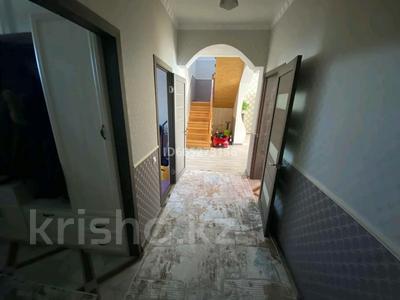 5-комнатный дом, 160 м², 10 сот., улица Момышулы 38/2 за 55 млн 〒 в Усть-Каменогорске
