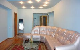 3-комнатная квартира, 68 м², 9/13 этаж помесячно, Байсеитовой 49 — Сатпаева за 130 000 〒 в Алматы, Медеуский р-н