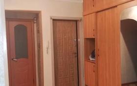 4-комнатная квартира, 58.6 м², 4/5 этаж, проспект Нурсултана Назарбаева 63/1 за 14.3 млн 〒 в Усть-Каменогорске
