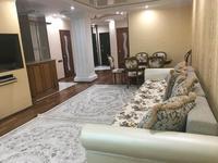 2-комнатная квартира, 70 м², 25/25 этаж посуточно, мкр 11 112А за 10 000 〒 в Актобе, мкр 11