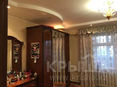 3-комнатная квартира, 103 м², 2/10 этаж, Казыбек би 7/4 за 30 млн 〒 в Усть-Каменогорске — фото 12