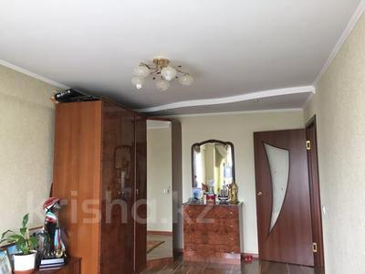 3-комнатная квартира, 103 м², 2/10 этаж, Казыбек би 7/4 за 30 млн 〒 в Усть-Каменогорске — фото 3
