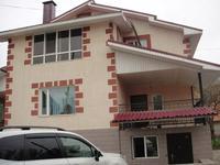 5-комнатный дом, 270 м², 10 сот.