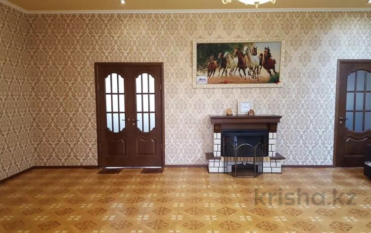 6-комнатный дом, 312 м², 7.2 сот., Куат Толеков 47 за 55 млн 〒 в Атырау