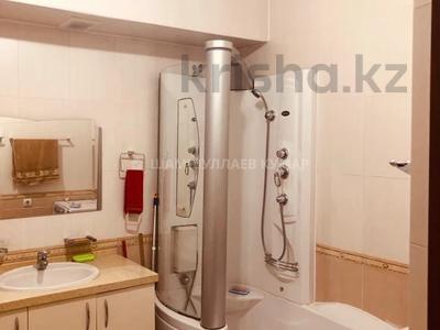 3-комнатная квартира, 115 м², 2/9 этаж помесячно, Сыганак 15 — Сауран за 210 000 〒 в Нур-Султане (Астана), Есиль р-н — фото 14