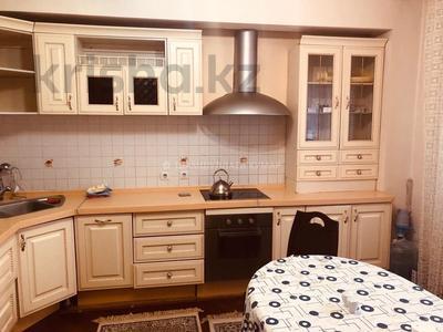 3-комнатная квартира, 115 м², 2/9 этаж помесячно, Сыганак 15 — Сауран за 210 000 〒 в Нур-Султане (Астана), Есиль р-н — фото 8