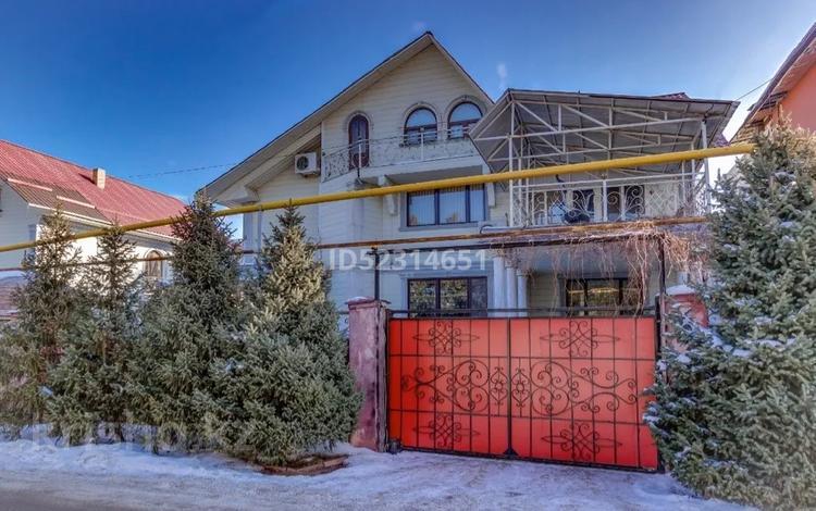 5-комнатный дом посуточно, 700 м², 5 сот., мкр Юбилейный, Найманбаева 81 за 100 000 〒 в Алматы, Медеуский р-н