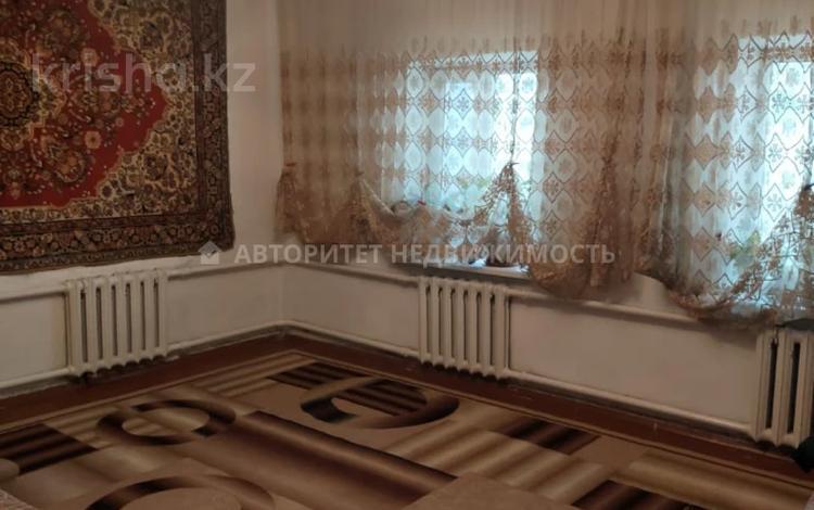 3-комнатный дом, 105 м², 6.5 сот., мкр Достык, Шамгона Кажыгалиева за 29 млн 〒 в Алматы, Ауэзовский р-н