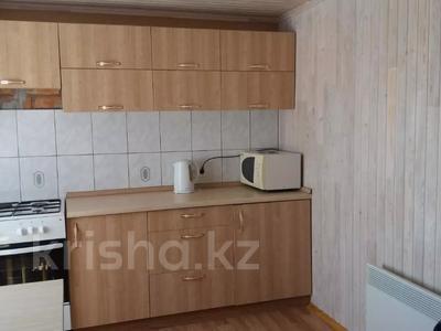 2-комнатный дом посуточно, 40 м², Голубой залив за 12 000 〒 в Новой бухтарме — фото 4