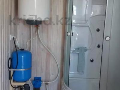 2-комнатный дом посуточно, 40 м², Голубой залив за 12 000 〒 в Новой бухтарме — фото 2