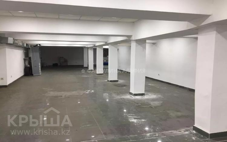 Магазин площадью 340 м², Мауленова — Курмангазы за 1.4 млн 〒 в Алматы, Алмалинский р-н