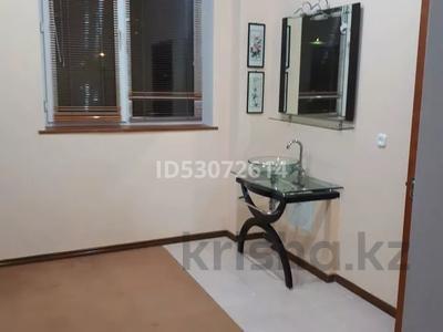 6-комнатный дом помесячно, 600 м², 15 сот., 1-й мкр 9 участок за 650 000 〒 в Актау, 1-й мкр — фото 11