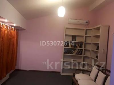 6-комнатный дом помесячно, 600 м², 15 сот., 1-й мкр 9 участок за 650 000 〒 в Актау, 1-й мкр — фото 9