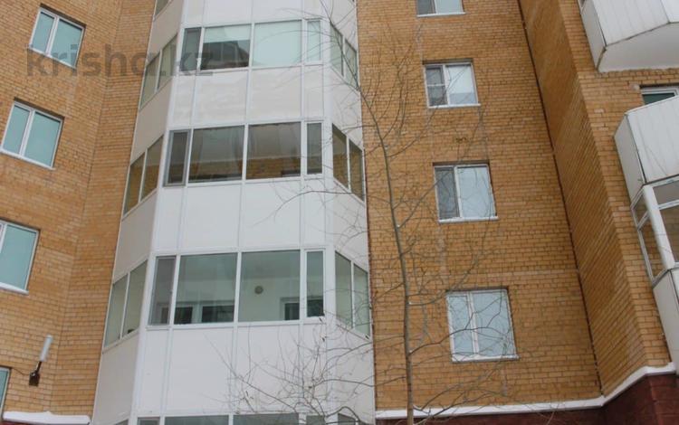 3-комнатная квартира, 80 м², 6/9 этаж, Куляш Байсейитовой за 21 млн 〒 в Нур-Султане (Астана), Сарыарка р-н