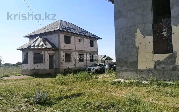 8-комнатный дом, 220 м², 8 сот., Максутова 1311 за 16.5 млн 〒 в Бесагаш (Дзержинское)