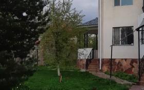 5-комнатный дом помесячно, 250 м², 10 сот., мкр Карагайлы, Сеитбекова за 430 000 〒 в Алматы, Наурызбайский р-н