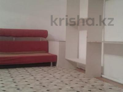 2-комнатный дом помесячно, 43 м², Космонавтов за 40 000 〒 в Караганде, Казыбек би р-н