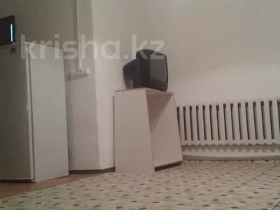 2-комнатный дом помесячно, 43 м², Космонавтов за 40 000 〒 в Караганде, Казыбек би р-н — фото 4