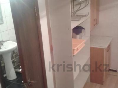 2-комнатный дом помесячно, 43 м², Космонавтов за 40 000 〒 в Караганде, Казыбек би р-н — фото 7