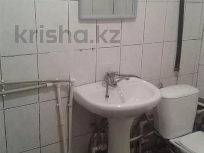 2-комнатный дом помесячно, 43 м², Космонавтов за 40 000 〒 в Караганде, Казыбек би р-н — фото 8