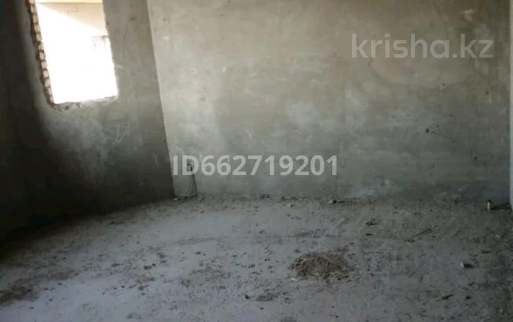 7-комнатный дом, 210 м², 8 сот., мкр Ынтымак за 25 млн 〒 в Шымкенте, Абайский р-н