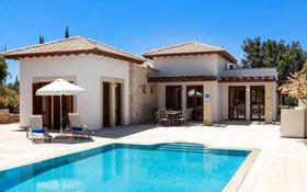 4-комнатный дом, 151 м², 15 сот., Гольф-курорт Aphrodite Hills, Пафос за 384 млн 〒
