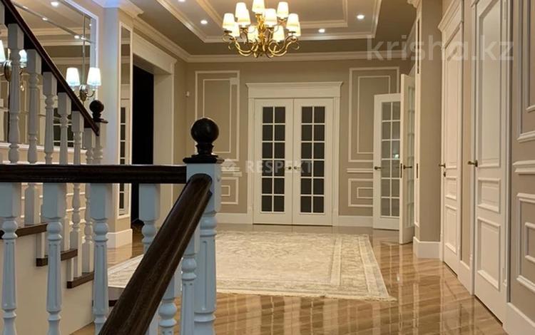 7-комнатный дом, 500 м², 10 сот., Ондасынова — Достык за 400 млн 〒 в Алматы, Медеуский р-н