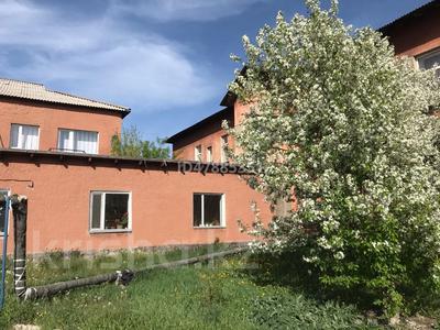 15-комнатный дом, 1000 м², 500 сот., Дзержинского за 18 млн 〒 в Шахтинске — фото 3