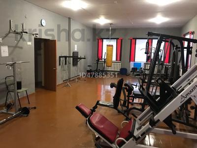 15-комнатный дом, 1000 м², 500 сот., Дзержинского за 18 млн 〒 в Шахтинске — фото 8