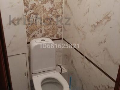 1-комнатная квартира, 45 м², 2/10 этаж по часам, мкр Юго-Восток, Степной 4 2 — Муканова за 1 000 〒 в Караганде, Казыбек би р-н — фото 4