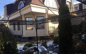 8-комнатный дом помесячно, 650 м², 10 сот., мкр Юбилейный за 2.4 млн 〒 в Алматы, Медеуский р-н