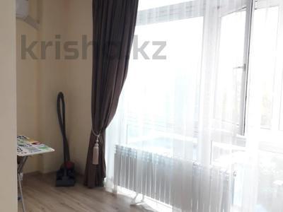 2-комнатная квартира, 85 м², 3/20 этаж помесячно, Розыбакиева 289 за 175 000 〒 в Алматы, Бостандыкский р-н — фото 14