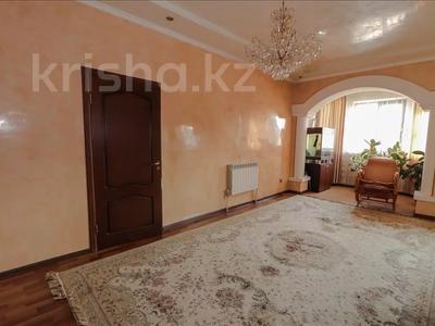 5-комнатный дом, 350 м², 10 сот., Шаляпина за 112 млн 〒 в Алматы, Наурызбайский р-н — фото 11
