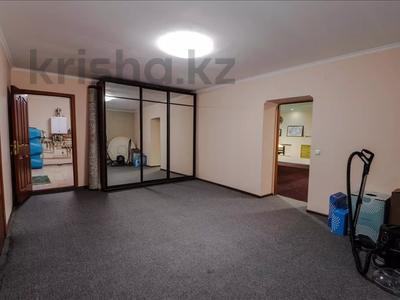 5-комнатный дом, 350 м², 10 сот., Шаляпина за 112 млн 〒 в Алматы, Наурызбайский р-н — фото 3