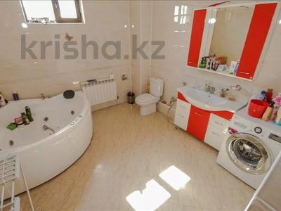5-комнатный дом, 350 м², 10 сот., Шаляпина за 112 млн 〒 в Алматы, Наурызбайский р-н — фото 9