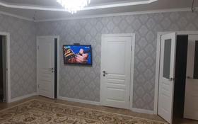 5-комнатный дом, 200 м², 10 сот., мкр Атырау, Мкратырау 3проезд 8 за 25 млн 〒