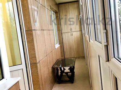 1-комнатная квартира, 45 м², 1/5 этаж посуточно, Микрорайон Каратал 45 за 12 000 〒 в Талдыкоргане — фото 12