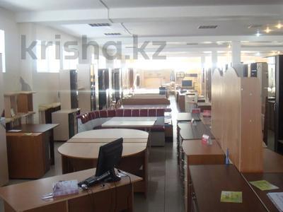 Здание, площадью 1195 м², Октябрьская за 300 млн 〒 в Щучинске — фото 6