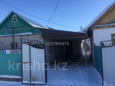 3-комнатный дом, 82 м², 3.4 сот., Старый город 53А — Жиенбаева за 14 млн 〒 в Актобе, Старый город