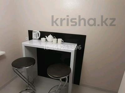 1-комнатная квартира, 30 м², 5/5 этаж посуточно, Алиханова 32 за 10 000 〒 в Караганде, Казыбек би р-н — фото 10