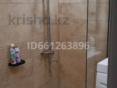 1-комнатная квартира, 30 м², 5/5 этаж посуточно, Алиханова 32 за 10 000 〒 в Караганде, Казыбек би р-н — фото 9