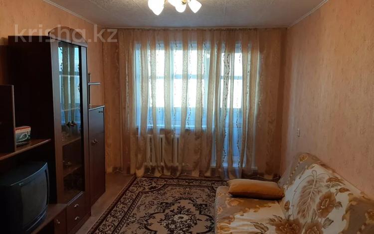 1-комнатная квартира, 33 м², 5/9 этаж, 6 микрорайон за 5.2 млн 〒 в Темиртау