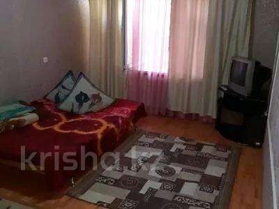 1-комнатная квартира, 32 м², 1/5 этаж посуточно, Бегим ана 10 — Привокзальная за 5 000 〒 в