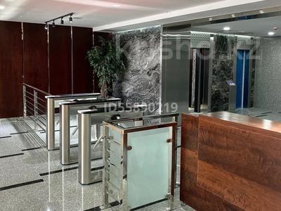 Здание, площадью 7352 м², проспект Сакена Сейфуллина 609 — Сатпаева за 6.3 млрд 〒 в Алматы — фото 8