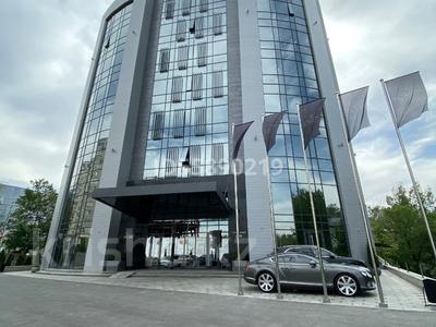 Здание, площадью 7352 м², проспект Сакена Сейфуллина 609 — Сатпаева за 6.3 млрд 〒 в Алматы