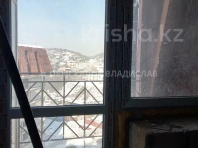 3-комнатная квартира, 103 м², 7/8 этаж, мкр Юбилейный, Омаровой 31 — Юбилейный за ~ 33.5 млн 〒 в Алматы, Медеуский р-н — фото 4