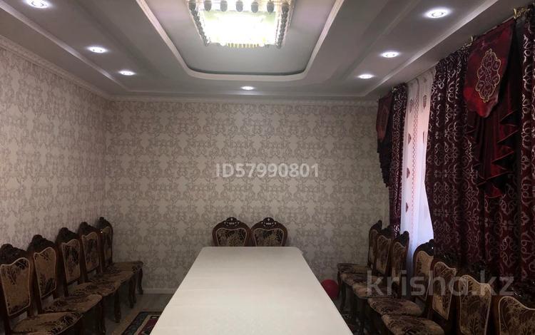 6-комнатный дом, 156 м², 8 сот., Самал-2 Анар-әже 117 за 39 млн 〒 в Шымкенте