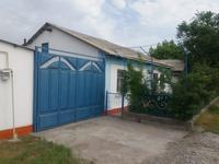 4-комнатный дом, 100 м², 8 сот., Коммуна 18/20 за 18 млн 〒 в Туркестане