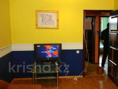 3-комнатная квартира, 70 м², 4/5 этаж помесячно, 14-й мкр 21 за 130 000 〒 в Актау, 14-й мкр